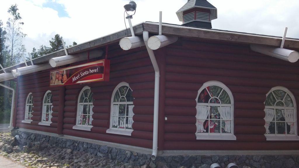 Joulupukin Pajakylä02