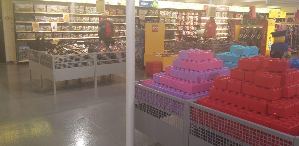 Lego Shop07