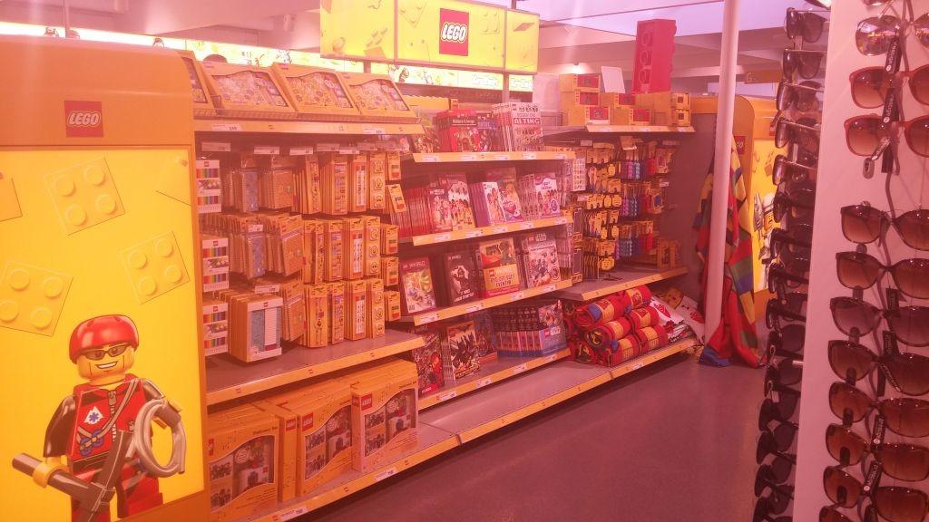 Lego Shop17