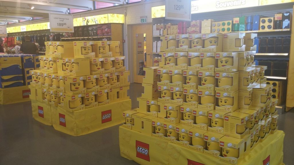 Lego Shop28